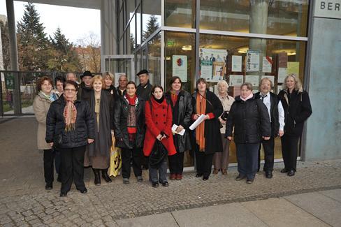 2009 mehrgenerationenhaus oase familienzentrum for Mehrgenerationenhaus berlin
